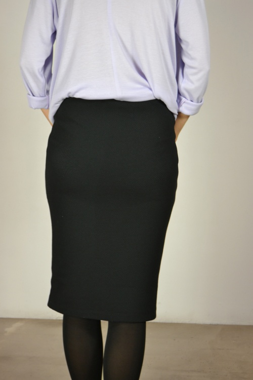 falda-lapiz-detras | Elisa Muresan moda sostenible