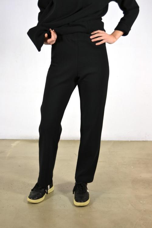 pantalon-basico-detalle | Elisa Muresan moda sostenible