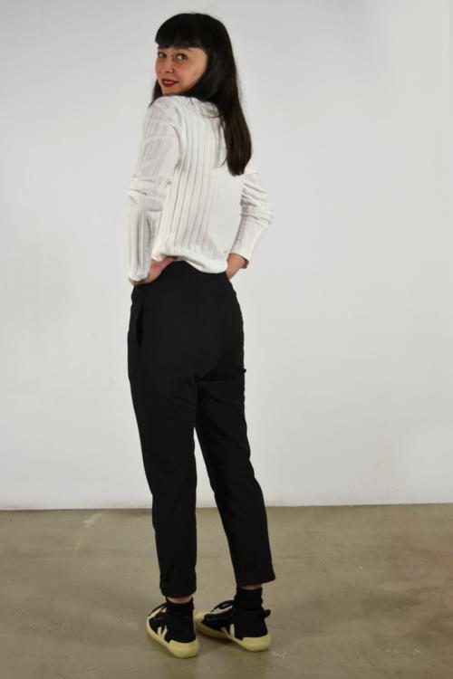 pantalon-basico-detras | Elisa Muresan ropa ecológica