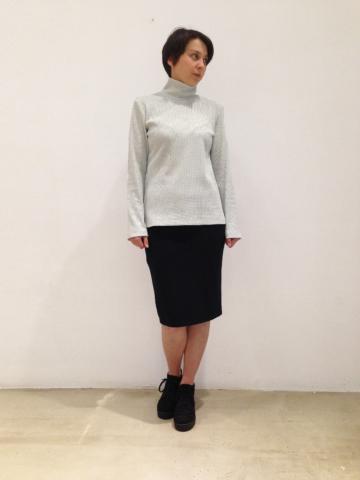 jersey-cielo-cuello-alto | Elisa Muresan moda sostenible