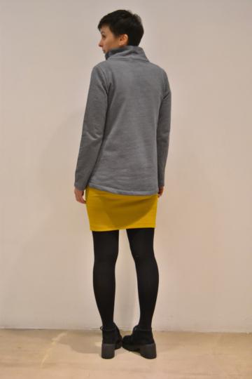 jersey-gris-cuello-espalda | Elisa Muresan moda sostenible