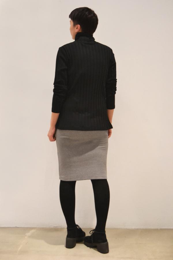 jersey-negro-cuello-alto-espalda | Elisa Muresan ropa ecológica