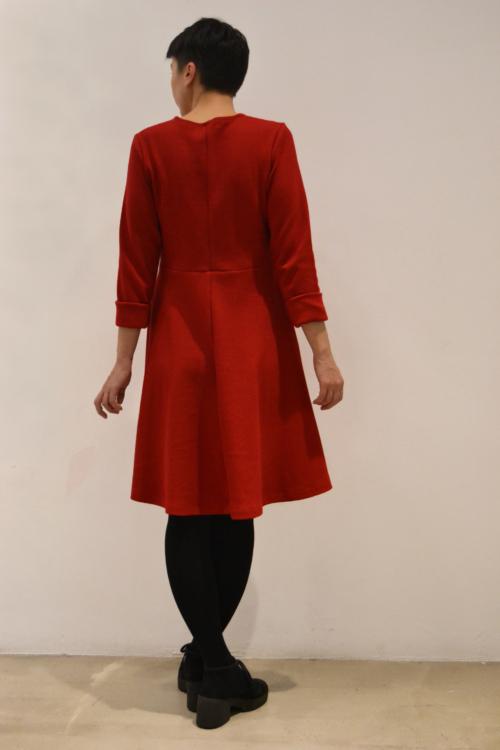 vestido-rojo-espalda | Elisa Muresan moda sostenible