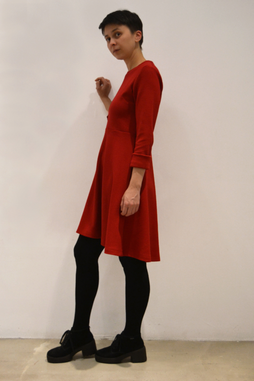 vestido-rojo-lateral | Elisa Muresan moda sostenible