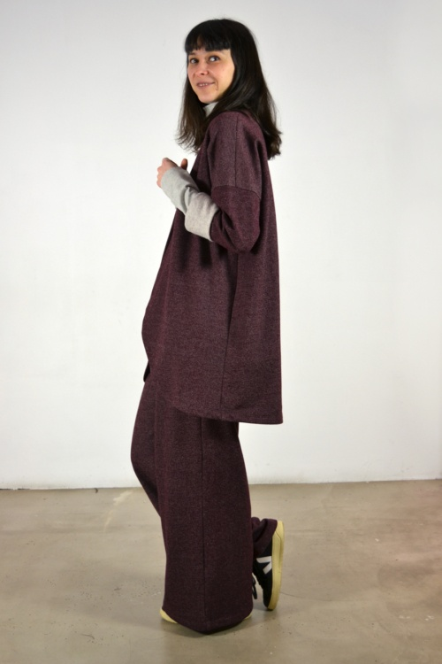 Chaqueta-vino-lateral | Elisa Muresan moda sostenible