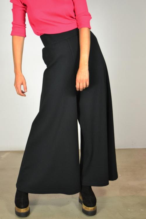 Falda-pantalon-detalle   Elisa Muresan moda sostenible