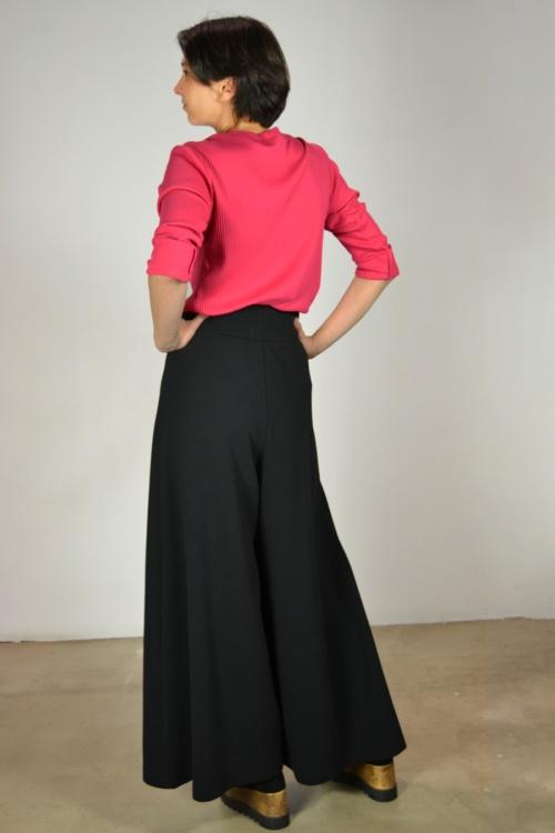 Falda-pantalon-detras   Elisa Muresan moda sostenible