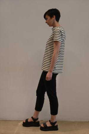 camiseta-raya-BN-lateral | Elisa Muresan ropa ecológica