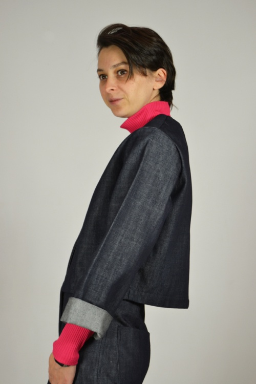chaqueta-vaquera-lateral | Elisa Muresan moda sostenible