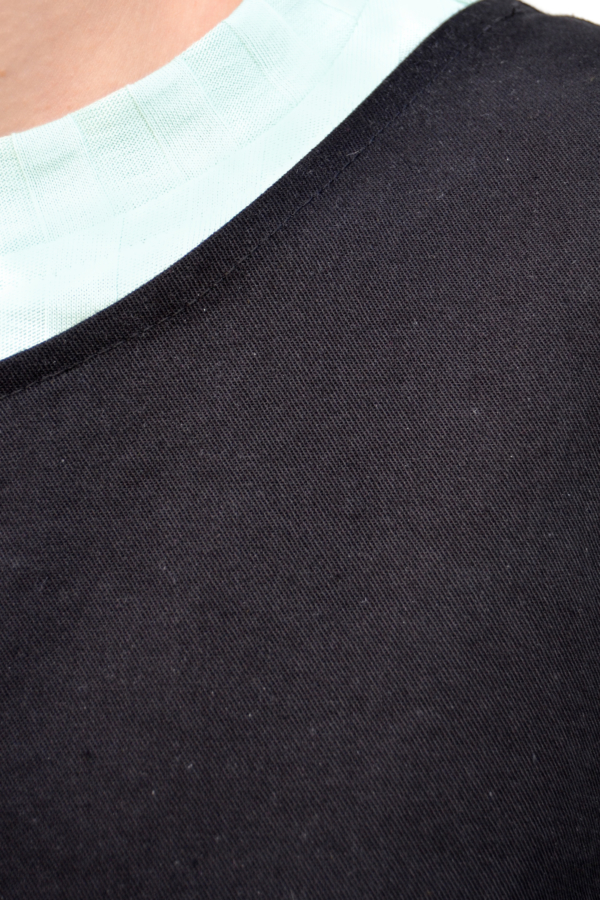 peto-negro-detalle | Elisa Muresan ropa ecológica