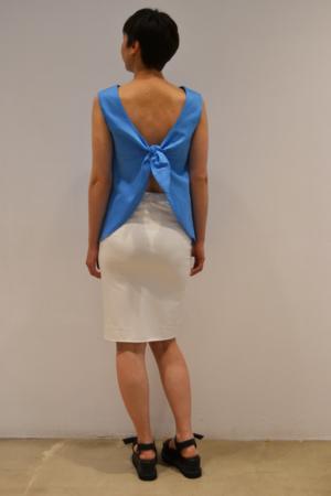 camiseta-lazo-espalda-detras | Elisa Muresan ropa ecológica