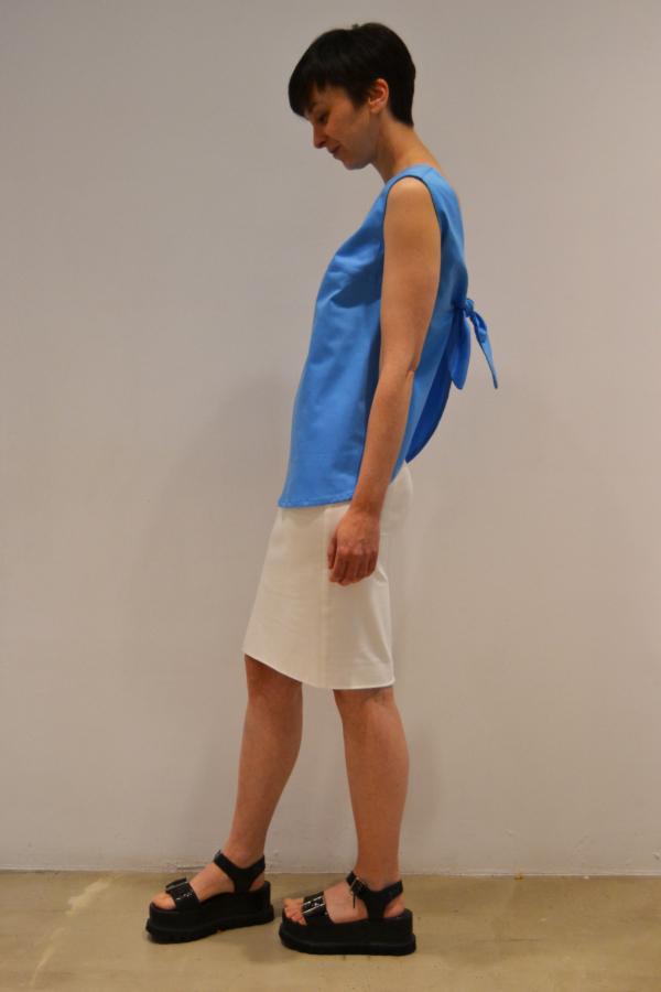 camiseta-lazo-espalda-lateral   Elisa Muresan ropa ecológica