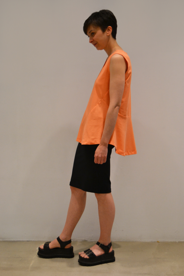 camiseta-volante-lateral | Elisa Muresan moda sostenible