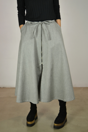 falda-midi | Elisa Muresan moda sostenible