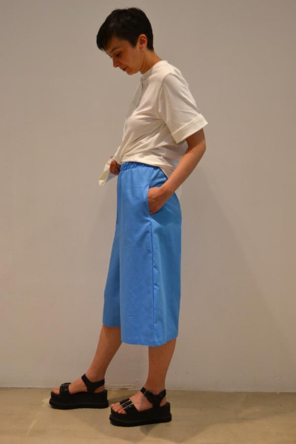 pantalón-pirata-lateral | Elisa Muresan ropa ecológica